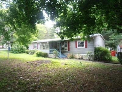 Mobile Home at 8701  Evergreen Circle Breinigsville, PA 18031