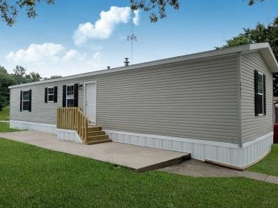 Mobile Home at 8633 E. 19Th Terrace Kansas City, MO 64126