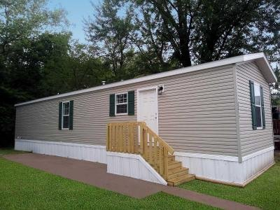 Mobile Home at 8813 E 19Th St. Lot 128 Kansas City, MO 64126