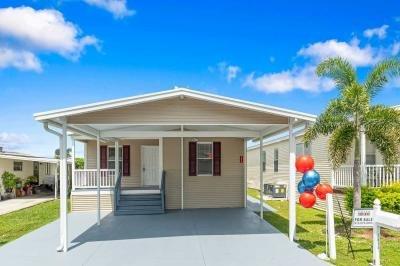 Mobile Home at 1410 Four Seasons Blvd Tampa, FL 33613