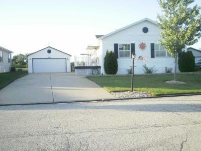 Mobile Home at 10636 W.silverlake Dr. Frankfort, IL 60423