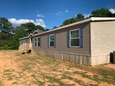 Mobile Home at 11847 Newton County Martin Rd Collinsville, MS 39325