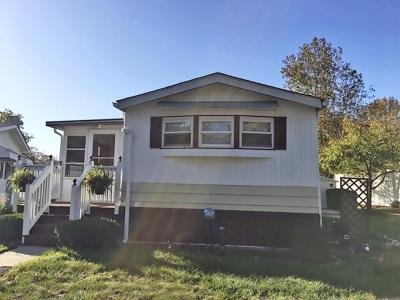 Mobile Home at 213 Lawrence Court Spotswood, NJ 08884