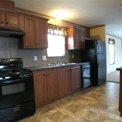 Mobile Home at 400 S Harkless Drive Syracuse, IN 46567