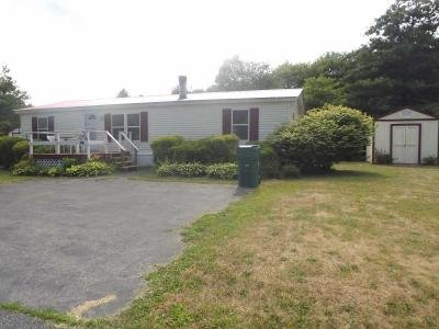 Mobile Home at 3 Longmeadow Court Mechanicville, NY 12118