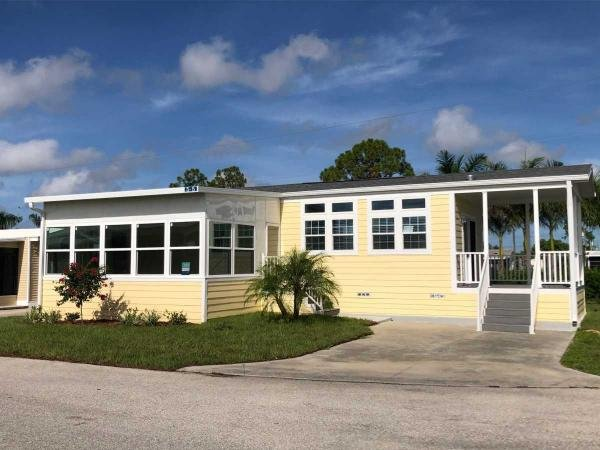 2019 Chariot The  Royal Palm Mobile Home
