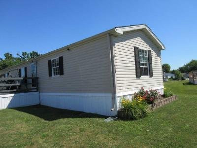 Mobile Home at 174 Ashbury Ridge Mooresville, IN 46158