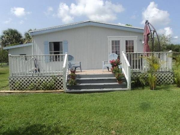 1980 BAYVIEW Mobile Home For Sale