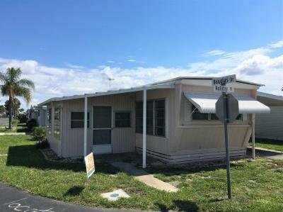 Mobile Home at 22B Holiday Place Tavares, FL 32778