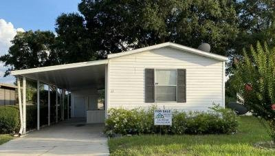 Mobile Home at 15 Kristine Dr Sorrento, FL 32776