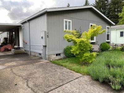 Mobile Home at 5200 SE 132nd Ave #8 Portland, OR 97266