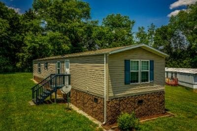 Mobile Home at 356 Buffalo Rd Lot 25 Bluff City, TN 37618