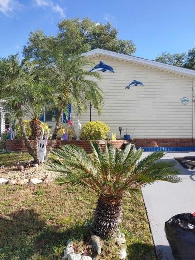 Mobile Home at 114 Alamanda Parrish, FL 34219