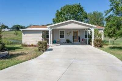 Mobile Home at 826 Green St. Lady Lake, FL 32159
