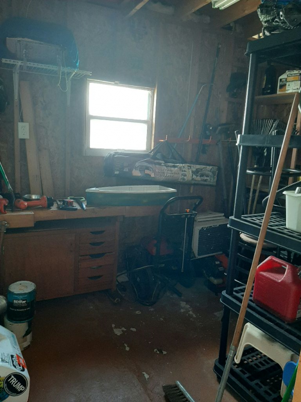 1979 BARR Mobile Home For Sale