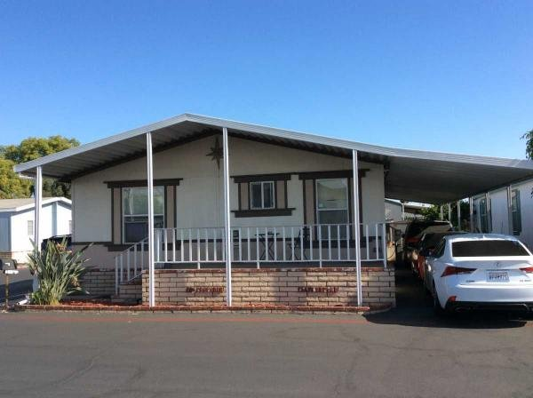 2000 GOLDEN WEST Mobile Home For Rent