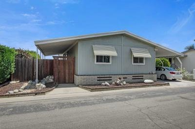 Mobile Home at 19009 S Laurel Pk Rd Spc 475 Rancho Dominguez, CA 90220