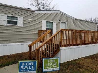 Mobile Home at 7204 Larkspur Ln Lot #221 Powell, TN 37849
