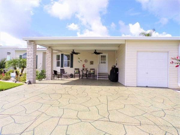 2003 Palm Harbor Manufactured Home