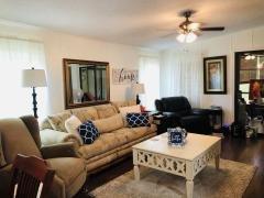 Photo 5 of 8 of home located at 701 Aqui Esta Dr 15 Punta Gorda, FL 33950