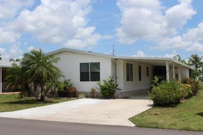 Mobile Home at 3540 Heritage Lakes Blvd North Fort Myers, FL 33917