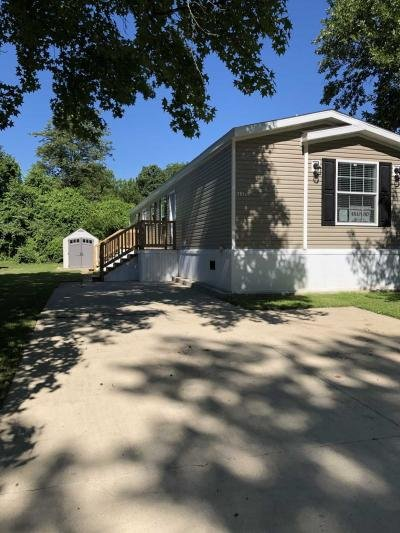 Mobile Home at 117 Arapaho Dr. Belleville, IL 62220