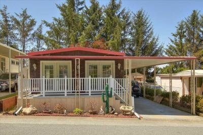 Mobile Home at 16 Windjammer Pl. Daly City, CA 94014
