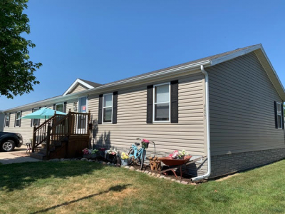 Mobile Home at 4421 Wynnwood Drive Howell, MI 48843