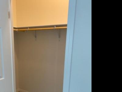 Walk in closet in MBedroom