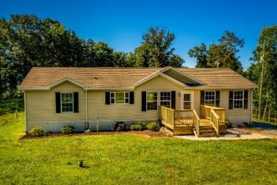 Mobile Home at 599 Collins Ridge Rd Washburn, TN 37888