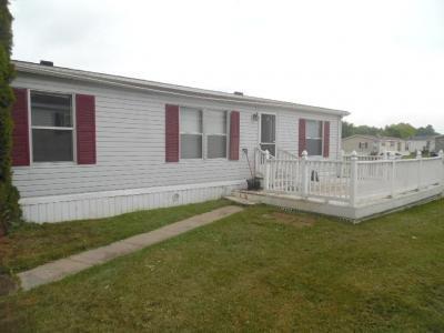 Mobile Home at 28896 Beechwood Flat Rock, MI 48134