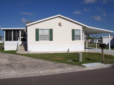 Mobile Home at 122 St. Anne's Circle West Apollo Beach, FL 33572