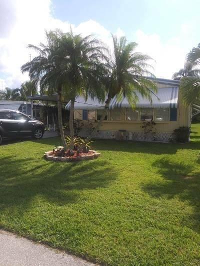Mobile Home at 213 Camino Del Rio Port Saint Lucie, FL 34952