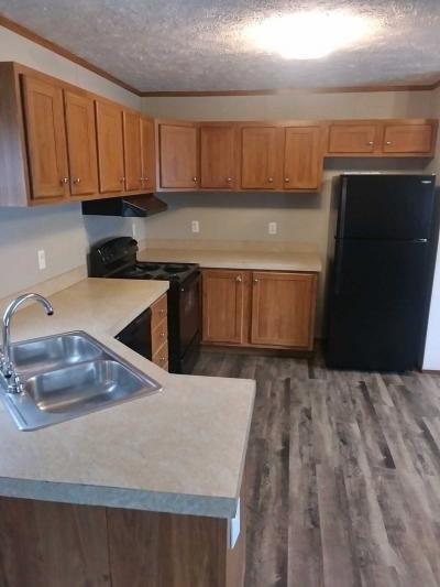 Mobile Home at 37 Locust Street Hopkinsville, KY 42240