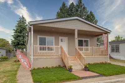 Mobile Home at 301 E Columbia Drive #18 Newberg, OR 97132