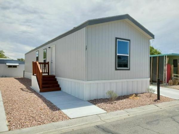 2020 Clayton - Buckeye AZ Mobile Home For Rent