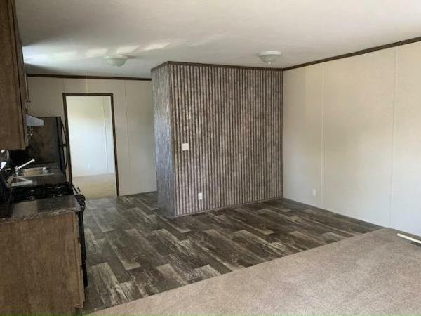 2019 Clayton - Wakarusa Mobile Home For Rent