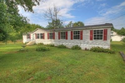 Mobile Home at 138 Golden St Rockholds, KY 40759