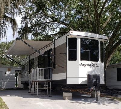 Mobile Home at 4630 Mcintosh Road L02 Dover, FL 33527
