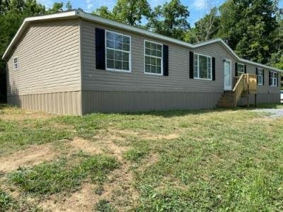 Mobile Home at 3655 Wheatland Rd Fincastle, VA 24090