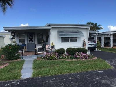 Mobile Home at 26B Lake Point Tavares, FL 32778