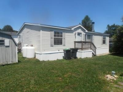 Mobile Home at 4426 Grey Wolf Ln Orefield, PA 18069
