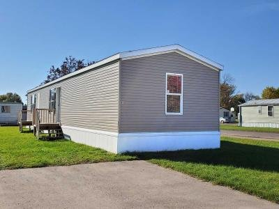 Mobile Home at 911 18Th Ave - Lot 18-911 Wahpeton, ND 58075