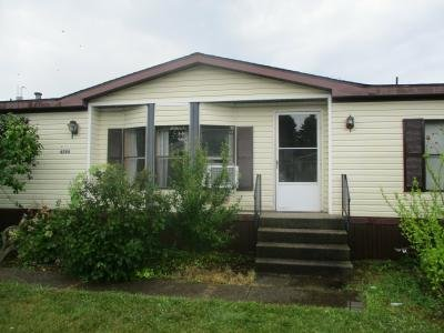 Mobile Home at 4294 Brooklawn Ln Kentwood, MI 49512