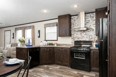 Mobile Home at 4004 Highland Circle Indianapolis, IN 46221