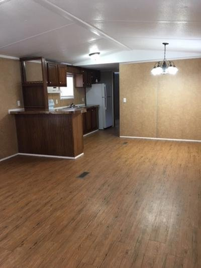 Mobile Home at 7204 Larkspur Ln Lot #142 Powell, TN 37849