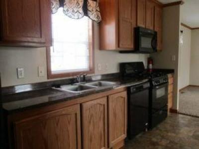 Mobile Home at 668 Taffy Lane Muskegon, MI 49442