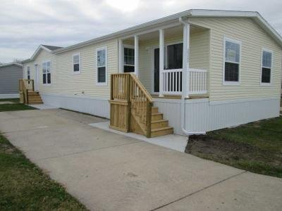 Mobile Home at 25343 Phoenix Circle Flat Rock, MI 48134
