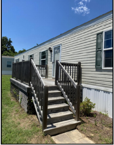 Mobile Home at 3360 Willow Lane Hayes, VA 23072