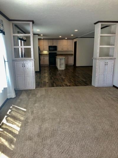Mobile Home at 25217 Frontier Circle Flat Rock, MI 48134